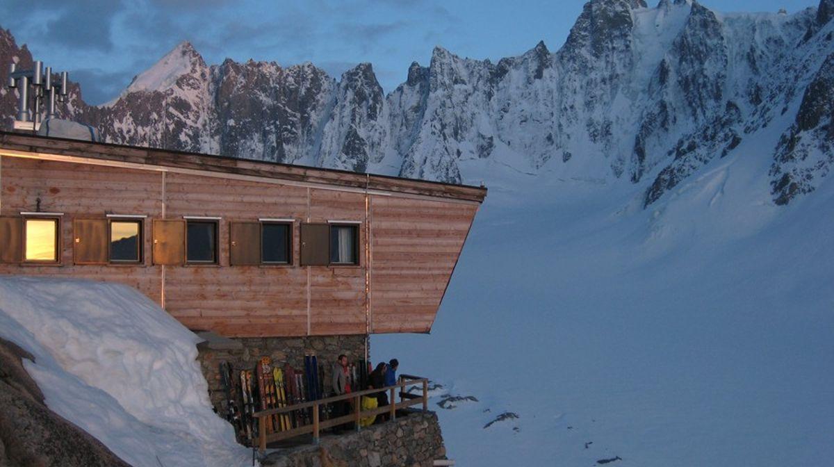 argentiere-refuge-2771m-massif-du-mont-blanc-chamonix-mont-blanc-valley