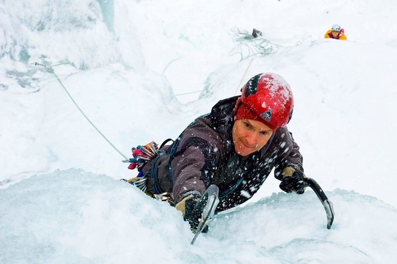 ice-climbing-norway-10